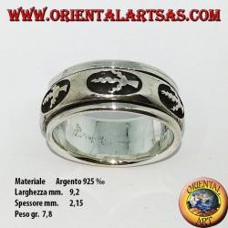Anello fedina in argento girevole antistress, con foglia a bassorilievo