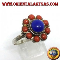 Ring in 925 ‰ silver flower of central natural lapis lazuli and decorated with natural corals