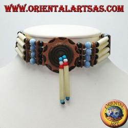 Collier ras de cou amérindien en os et perles noires et bleu clair avec reflet (oeil de chat)