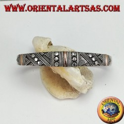 Bracelet en argent, avec 3 plaques en or 14 carats et des clous faits à la main