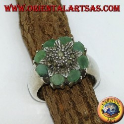 Silver ring with central flower and marcasites surrounded by 8 natural emeralds