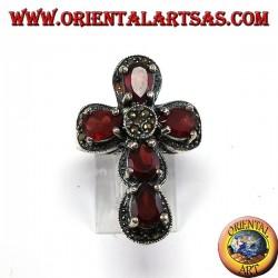 Bague en argent en forme de croix avec 5 grenats et marcassites naturels