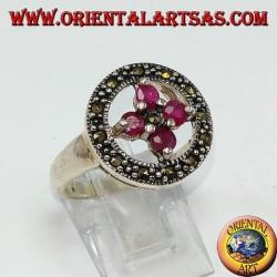 Кольцо серебряное круглое с крестом из 4 круглых рубинов