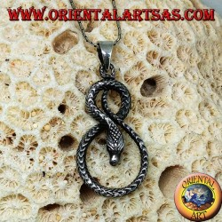 Pendant in silver snake twisted in the shape of eight