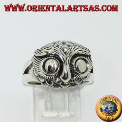 Silver ring with owl's head with big eyes