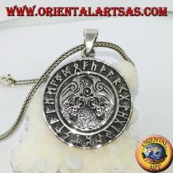 Pendentif en argent Huginn et Muninn (les corbeaux d'Odin) avec les runes autour