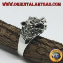 Silver ring, with a wolf's head that growls