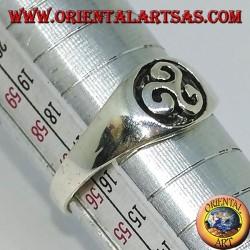 Серебряное кольцо с трискелионом (маленькая печать)