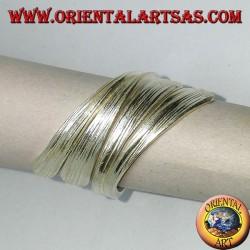 Anello in argento foglia arrotolata fatta a mano