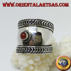 Wide band ring in silver with cabochon round carnelian, Bali