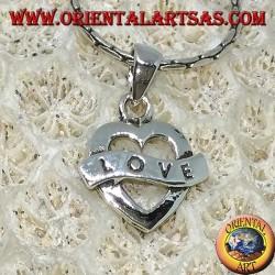 Pendentif en argent en forme de coeur avec gravure Love