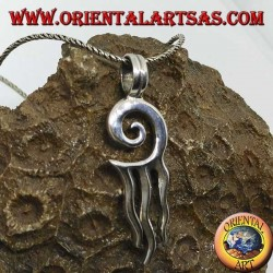 Colgante de plata, espiral solar con tres rayos.