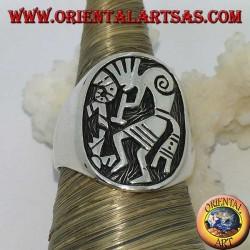 Bague en argent bas relief Kokopelli, symbole du bonheur