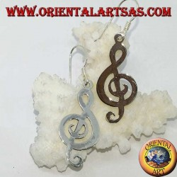 Серебряные серьги со скрипичным ключом