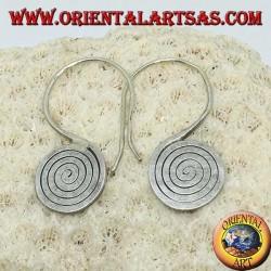 Boucles d'oreilles écrasées en argent avec spirale crochues faites main de Karen