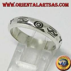 Anello a fedina in argento incisa con simboli aborigeni