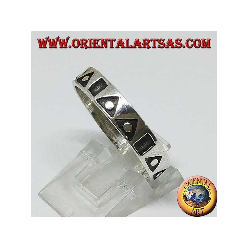 Silver band ring with hollowed triangles and squares