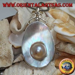 Pendant with Pearl on Mother Shell in Silver 925