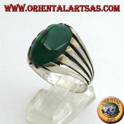 Bague en argent avec agate verte à gros cabochon ovale, sertie de rayons