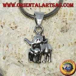 Colgante de plata, elefante con elefante bebé