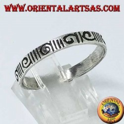 Silver band ring engraved with hourly spiral and anti-clockwise spiral