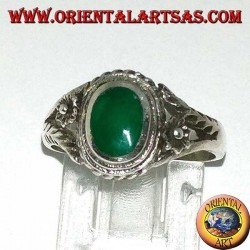 Silver ring with oval green agate and flower on the sides, small
