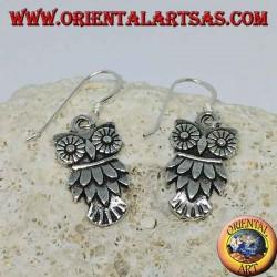 Boucles d'oreilles pendantes en forme de hibou argentées symbole de la sagesse
