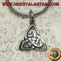 Silver pendant Celtic knot of tyrone (symbol of the earth, air and water)