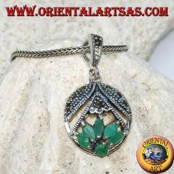 Ciondolo in argento fior di loto con 5 smeraldi a navetta ed 1 tondo