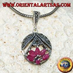 Lotusblume Silberanhänger mit 5 Rubinen im Shuttle und 1 Runde