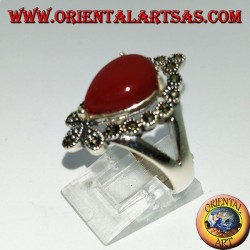 Silver ring, with drop-shaped carnelian surrounded by marcasite
