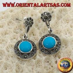 Boucles d'oreilles pendantes rondes en argent, avec une turquoise centrale entourée de marcassites