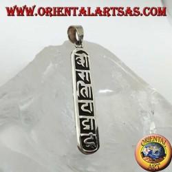 Pendentif en argent Oṃ Maṇi Padme Hūṃ le mantra de Mahāyāna et le boudisme tibétain.