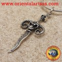 Ciondolo pugnale con teschio e corni di ariete in argento