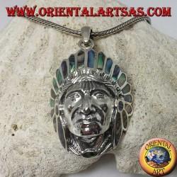 Ciondolo in argento, testa di Indiano nativi con copricapo di paua shell (Abalone)