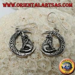 Boucles d'oreilles en argent, loup hurlant à la lune avec noeud celtique