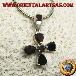 Silver pendant in the shape of a four-leaf clover with drop and round garnets