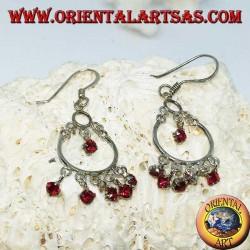 Boucles d'oreilles en argent avec 5 + 1 petits zircons rouges