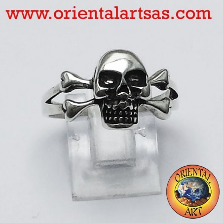 ring skull with bones silver