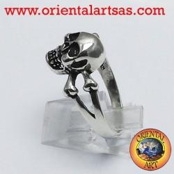 anneau crâne avec des os d'argent