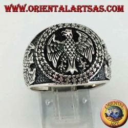 Anello in argento con aquile federali a bassorilievo