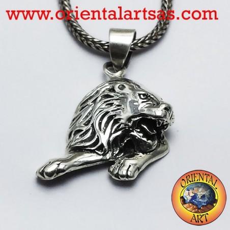 Leo pendant in silver