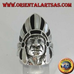 Bague en argent, tête indienne amérindienne avec nacre et plumes d'onyx