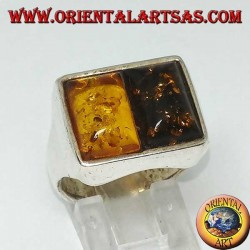 Rectangular silver ring with 1 yellow amber and 1 green amber