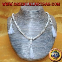 Mālā (Japamālā) Buddhist 108 Perlen 6,5 mm Rosenkranz. in Yakknochen mit 3 Büscheln