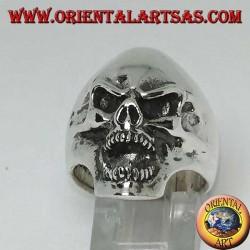 Агрессивный череп серебряное кольцо