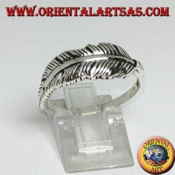 Silver ring in the shape of an Indian feather