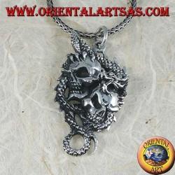 Серебряная подвеска дракона с двумя черепами