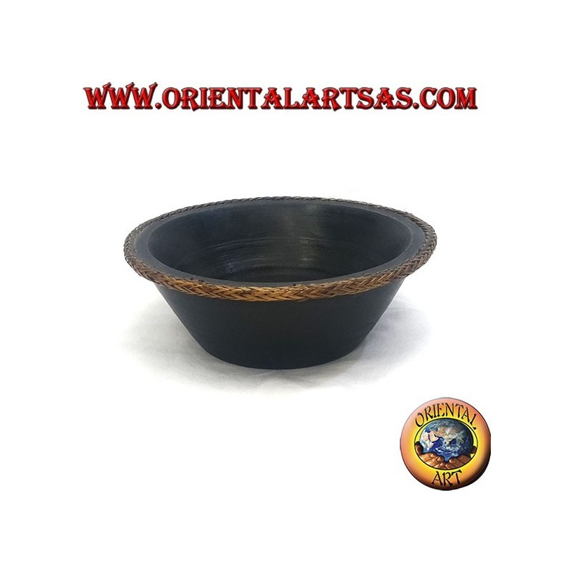 Mahogany bowl with protruding edge in woven wicker