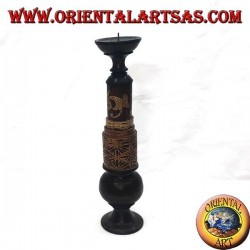 Cylindrical candle holder with floral engravings in mahogany wood (high)